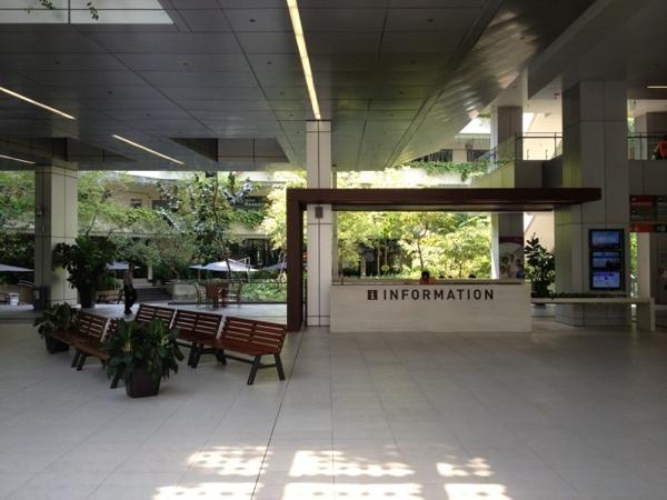 hospitaloutdoorlobby2